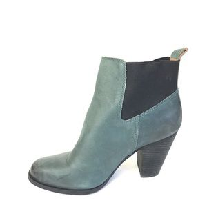 Lucky brand boots blue leather parlei 9